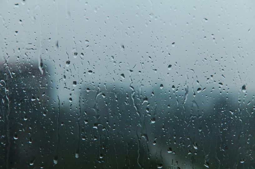 W poniedziałek intensywne opady w południowej i centralnej Polsce /123RF/PICSEL