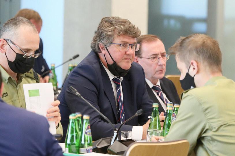 W poniedziałek Maciej Wąsik odpowiadał na pytania posłów z sejmowej komisji administracji i spraw wewnętrznych /Piotr Molecki /East News