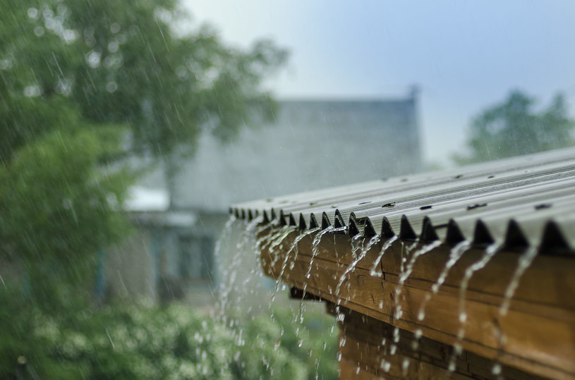 W poniedziałek upał odpuści, do południa możliwe burze i deszcze /123RF/PICSEL
