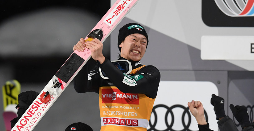W poprzednim TCS triumfował Ryoyu Kobayashi /AFP