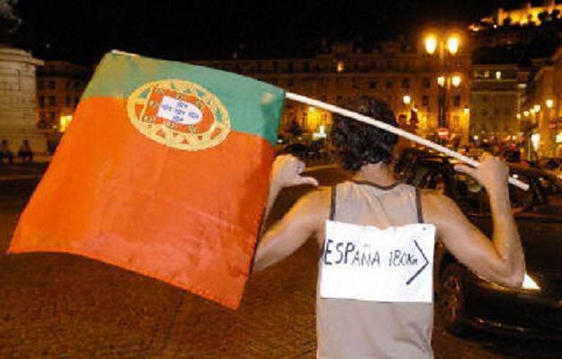 W Portugalii rusza kampania informacyjna, która ma zapobiec chaotycznej emigracji za chlebem /AFP