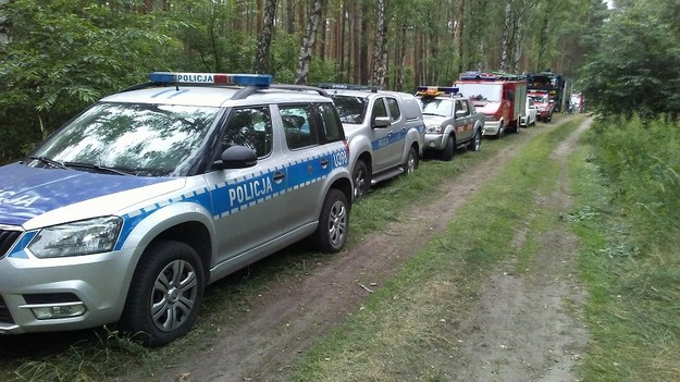 W poszukiwaniach oprócz policji brali też udział strażacy /Policja /