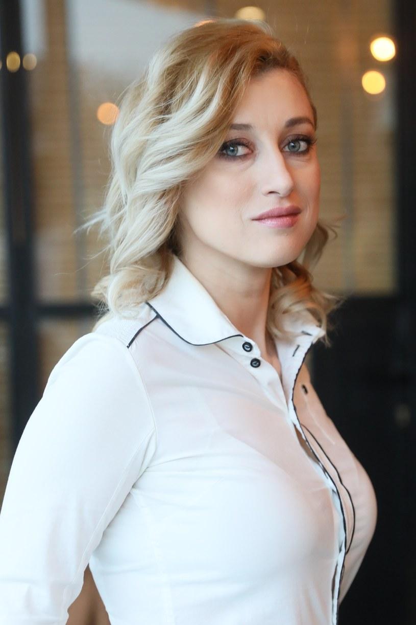 W programie Justyna Żyła próbuje pogodzić małżonków. /East News