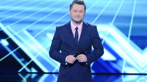 """W programie """"X Factor"""" musiałem nauczyć się okazywać emocje - wyznaje dziennikarz / fot. J. Antoniak /MWMedia"""