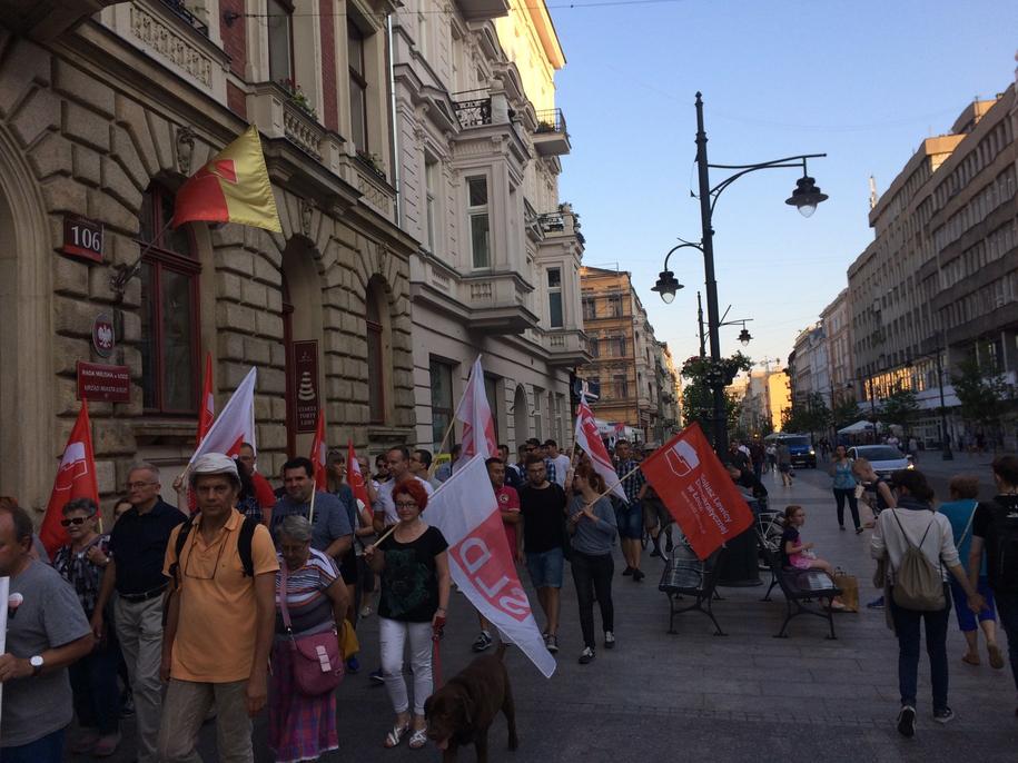 W przemarszu wzięło udział kilkadziesiąt osób /Agnieszka  Wyderka /RMF FM