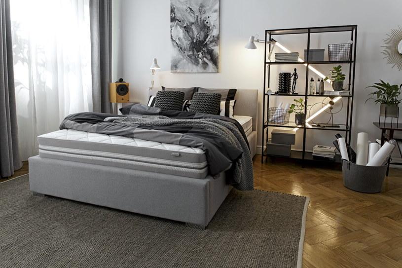 W przypadku zakupu łóżka warto stawiać na styl uniwersały, ponieważ mody szybko przemijają /materiały prasowe