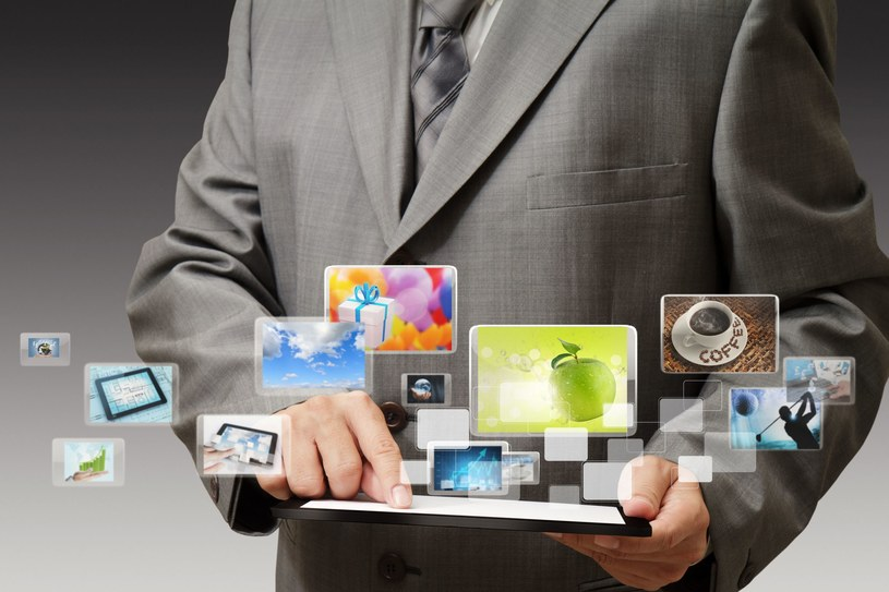 W przyszłości nie zabraknie pracy w zawodach związanych z nowymi technologiami i internetem /123RF/PICSEL