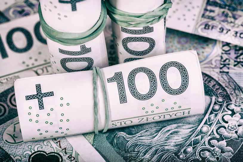 W przyszłym roku najniższe wynagrodzenie wzrośnie prawdopodobnie o 200 zł /123RF/PICSEL