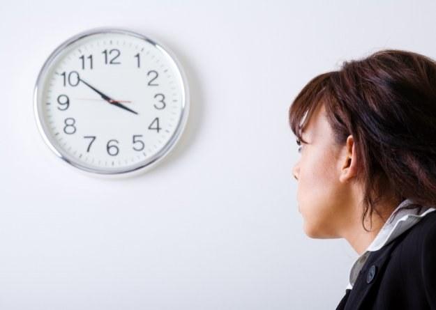 W przyszłym roku Polacy być może popracują o tydzień dłużej i to bez prawa do ekstrazapłaty /© Panthermedia
