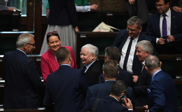 W Sejmie batalia o unijny fundusz. PiS grozi ekipie Ziobry