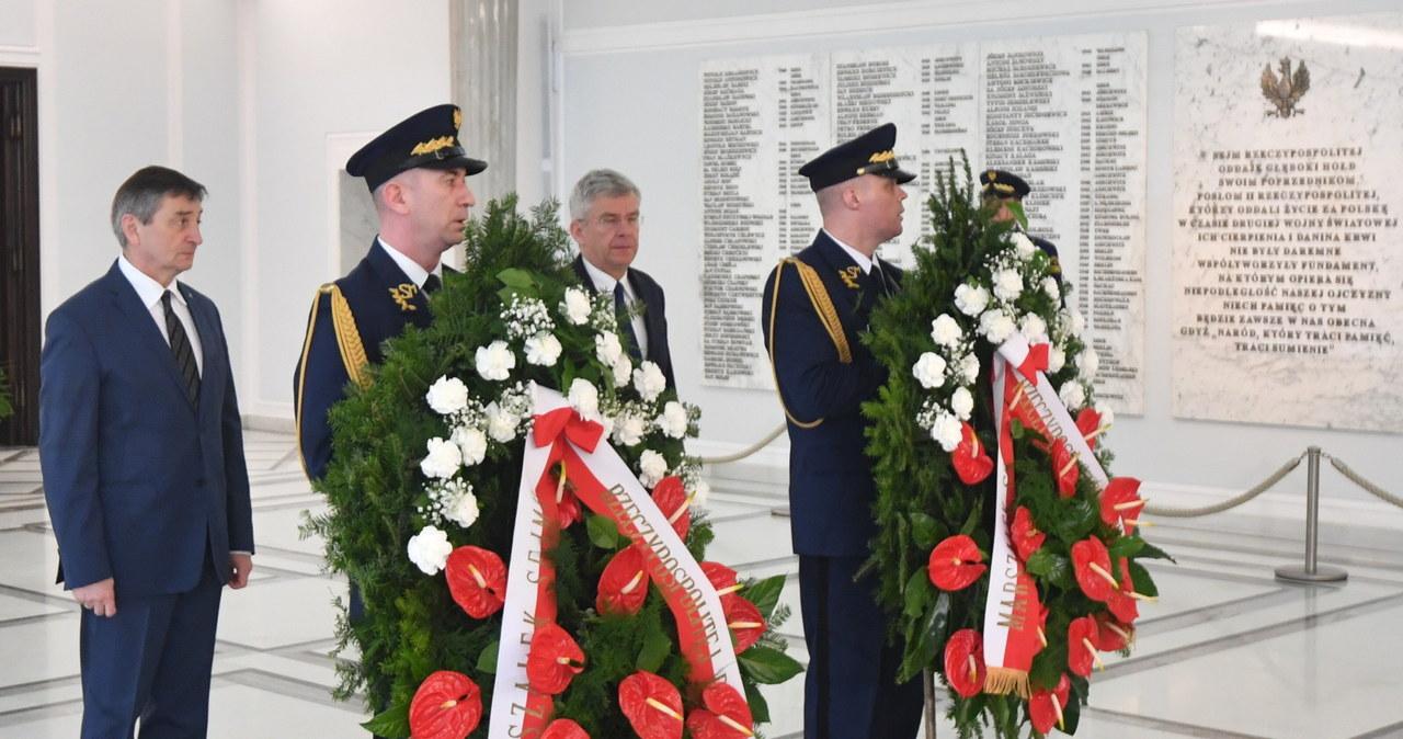 W Sejmie oddano hołd ofiarom katastrofy smoleńskiej