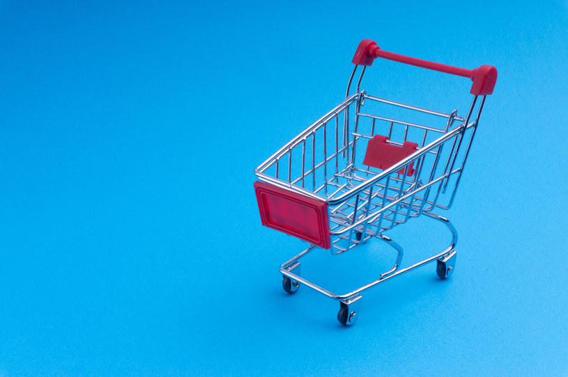 W sektorze detalicznym może dojść do jednej z największych transakcji w ostatnim czasie /123RF/PICSEL