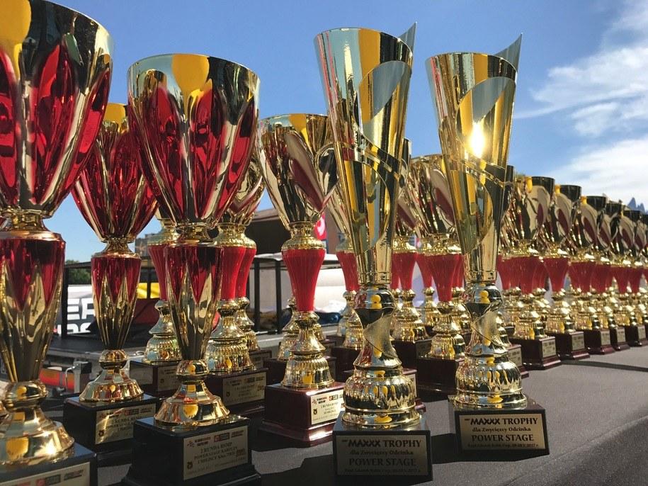 W sezonie 2017 trofea za zwycięstwo w tej prestiżowej rywalizacji odebrali mistrzowie Polski Filip Nivette i jego pilot Kamil Heller /RMF FM