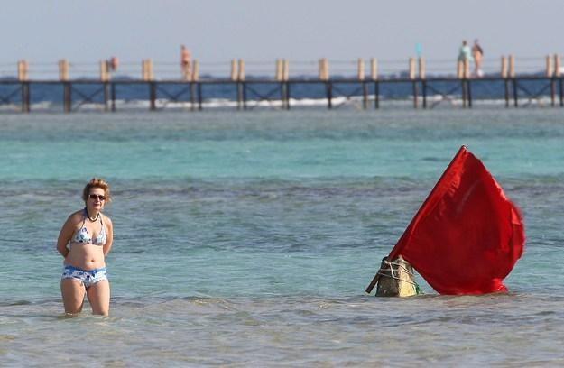 W Sharm el-Szejk zakazano kąpieli i nurkowania /AFP