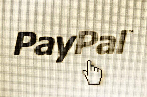 W sieci McDonald's wkrótce zapłacimy PayPalem /123RF/PICSEL