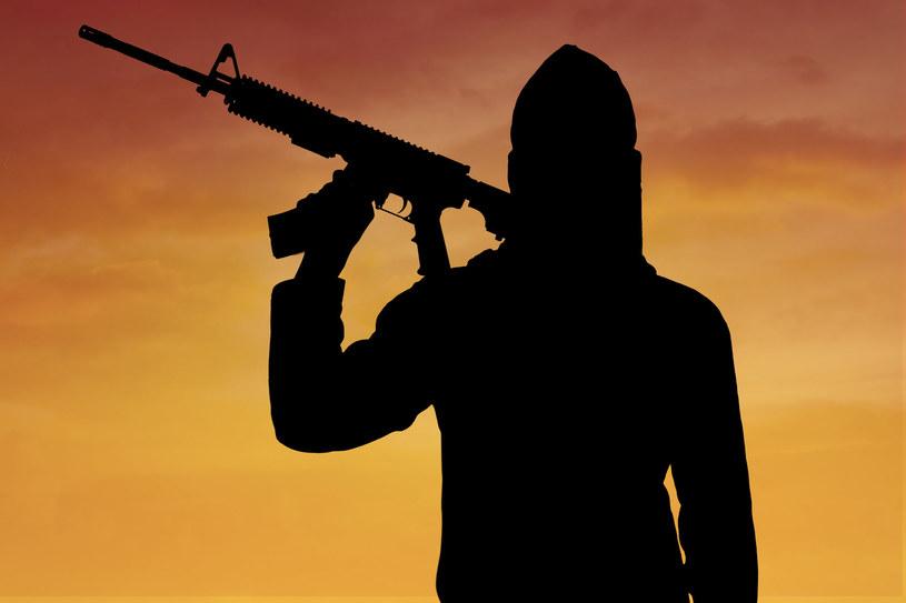 """W sieci można znaleźć poradniki """"jak się to robi"""" o dżihadzie""""  (zdjęcie ilustracyjne) /123RF/PICSEL"""