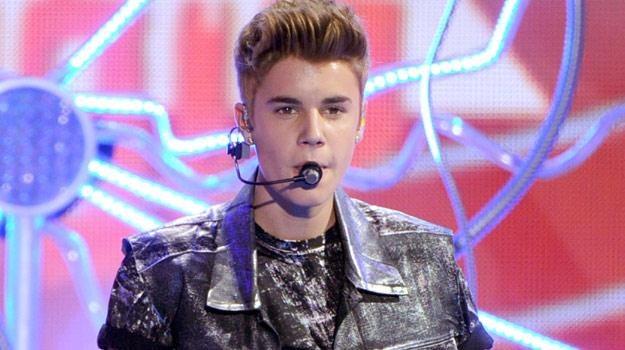 """W """"Simpsonach"""" Justin Bieber będzie chciał zwyciężyć w szkolnym konkursie talentów/fot. Kevin Winter /Getty Images/Flash Press Media"""