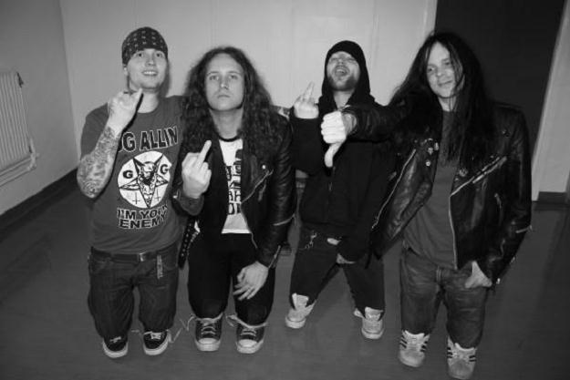 W składzie Iron Lamb występują muzycy znani z m.in. General Surgery i Dismember /Oficjalna strona zespołu