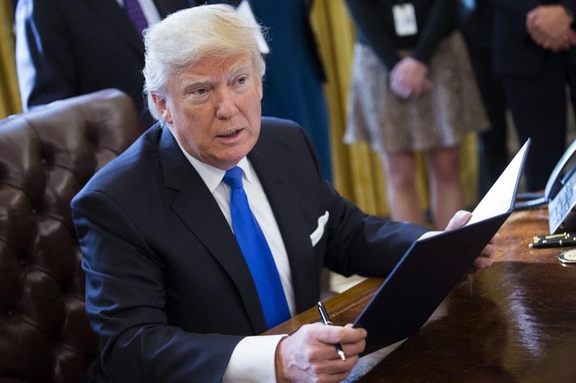 W sobotę Donald Trump będzie rozmawiał z Angela Merkel i Władimirem Putinem /Informacyjna Agencja Radiowa