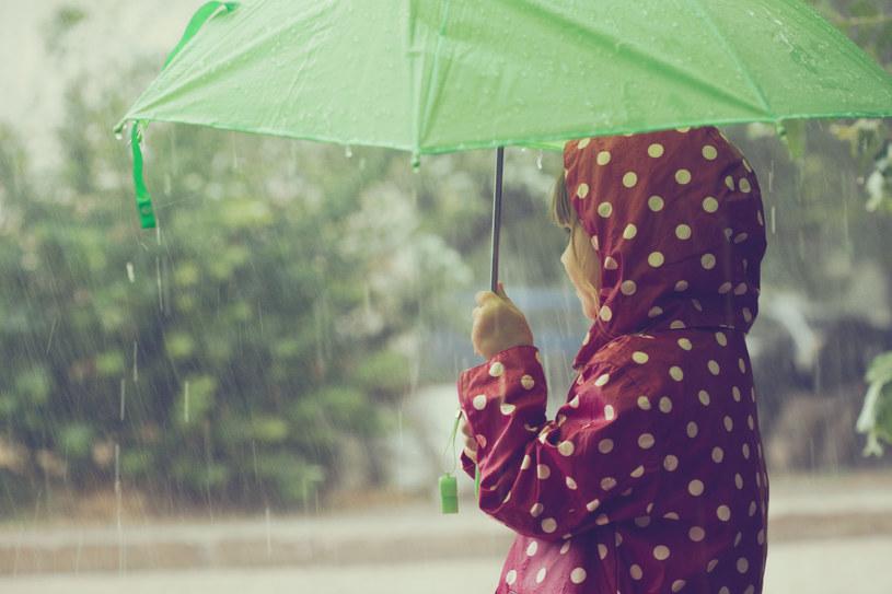 W sobotę i niedzielę będzie deszczowo /123RF/PICSEL
