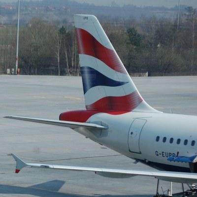 W sobotę rano rozpoczął się czterodniowy strajk personelu pokładowego linii British Airways /INTERIA.PL