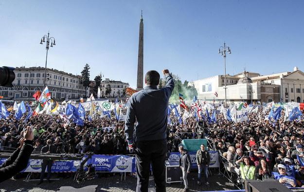 W sobotę w Rzymie odbył się ogromny wiec poparcia dla partii rządzącej /GIUSEPPE LAMI /PAP/EPA