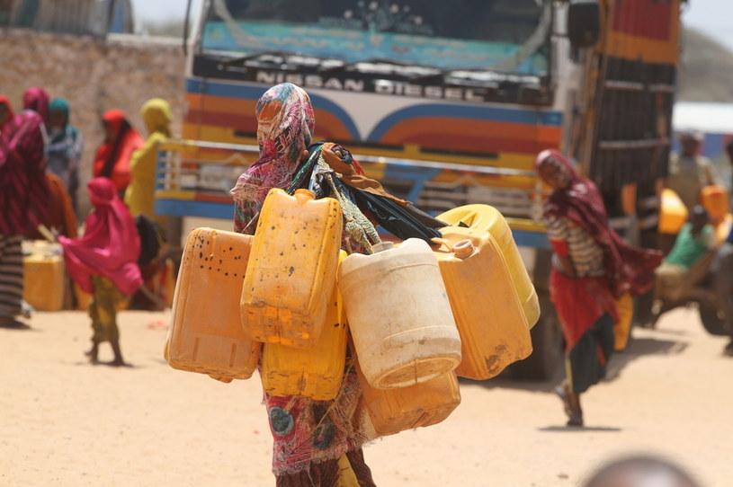 W Somalii za dostarczanie wody odpowiedzialne są kobiety /PAH /materiały prasowe
