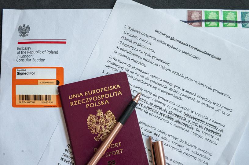 W spisie wyborców przed niedzielną pierwszą turą wyborów prezydenckich figurowało 129 331 obywateli polskich /Jacek Klejment /East News