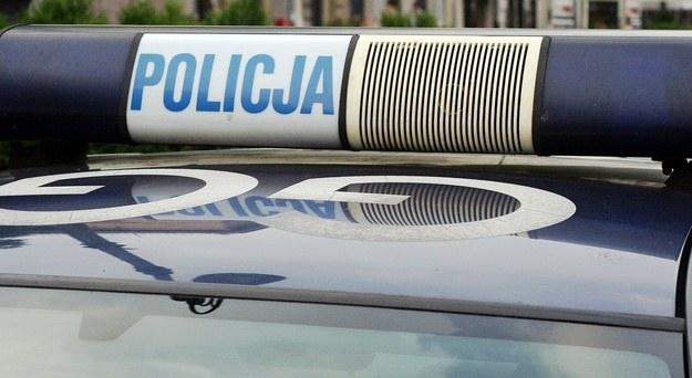 W spódnicy i szpilkach uciekał przed policją /RMF