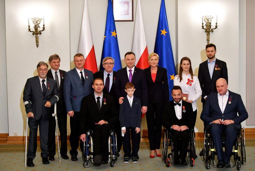 W spotkaniu obok prezydenta Andrzeja Dudy wzięli udział m.in. małżonka prezydenta Agata Kornhauser-Duda oraz minister sportu Witold Bańka /Bartłomiej Zborowski /PAP