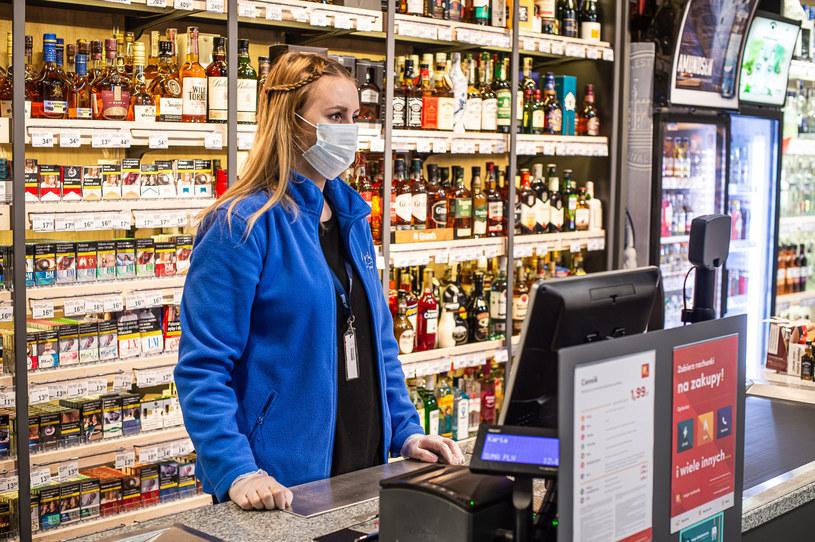 W środę papierosy mentolowe znikają z rynku. /Karol Makurat /Reporter