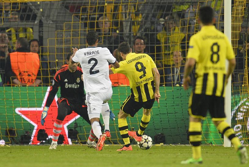 """W środowym meczu z Realem """"Lewy"""" strzelił 4 gole. Czy zagra z Fortuną? /AFP"""