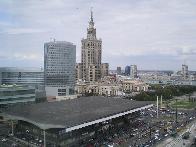 W stolicy nie brakuje pracy z wynagrodzeniem znacznie przekraczającymi średnią krajową /INTERIA.PL