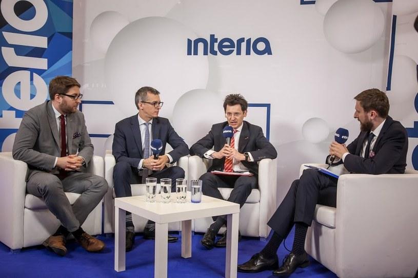 W studiu Interii, od lewej: Radosław Żydok, dyrektor KGHM;  Grzegorz Maliszewski, główny ekonomista Banku Millenium; Robert Kasprzak, dyrektor BGK /INTERIA.PL