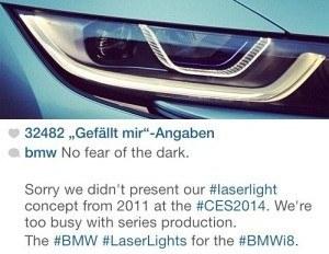 """W styczniu br., podczas targów elektroniki użytkowej (CES), Audi zaprezentowało prototyp Sport quattro z reflektorami laserowymi. BMW przypomniało wówczas, że w dziedzinie technologii oświetleniowej jest o krok dalej - już w 2011 roku zaprezentowało koncepcyjny model z takim oświetleniem. Przedstawiciele bawarskiej marki opublikowali na Twitterze wiadomość o treści: """"Przepraszamy, że nie przywieźliśmy naszego prototypu świateł laserowych z 2011 roku na tegoroczne targi CES. Byliśmy zbyt zajęci produkcją seryjną"""". Okazało się jednak, że to Audi szybciej wprowadzi do sprzedaży auto z oświetleniem laserowym. /BMW"""