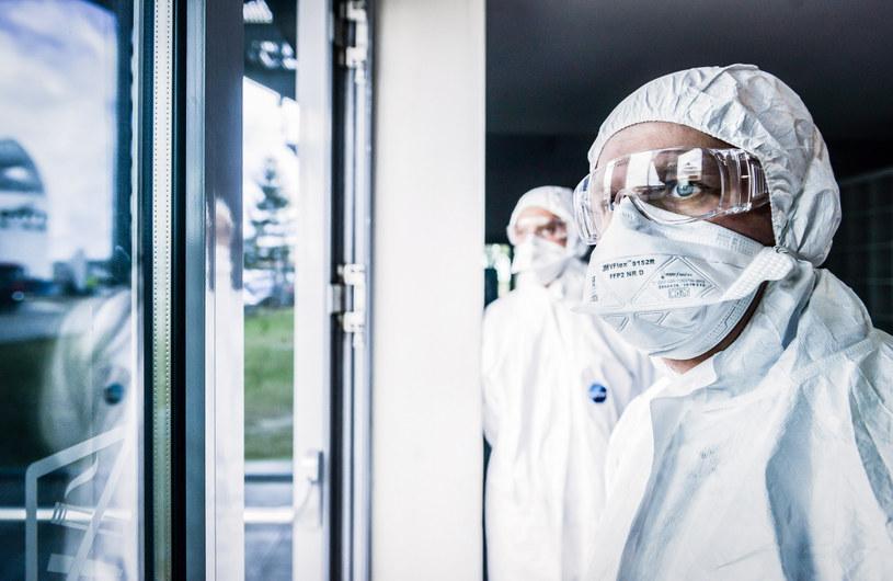 W sumie liczba potwierdzonych badaniami zakażeń w Polsce to 378 /Karolina Misztal /Reporter