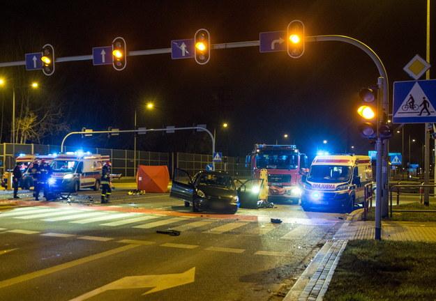 W święta na polskich drogach doszło do 373 wypadków drogowych /Grzegorz Michałowski /PAP