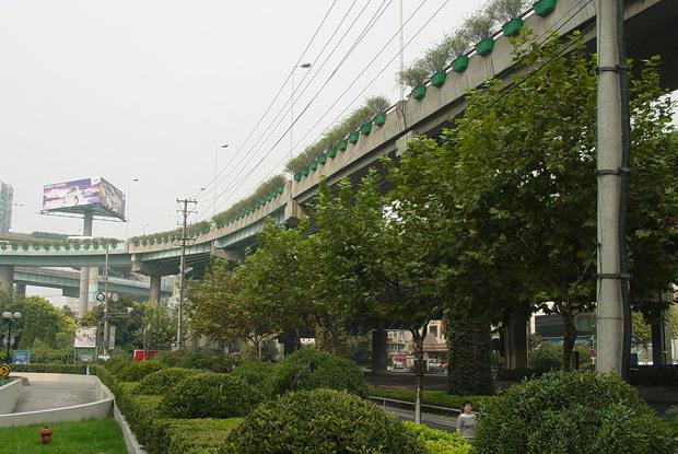 W Szanghaju powstają nowe wielopiętrowe ulice / kliknij /INTERIA.PL