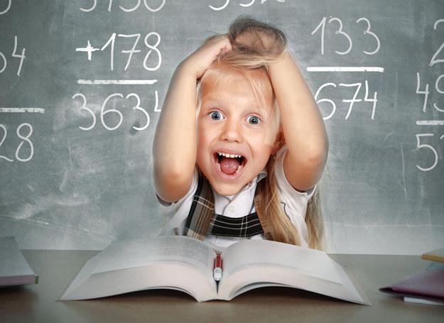 W szkole podstawowej kłopoty najczęściej pojawiają się w czwartej klasie. /123RF/PICSEL