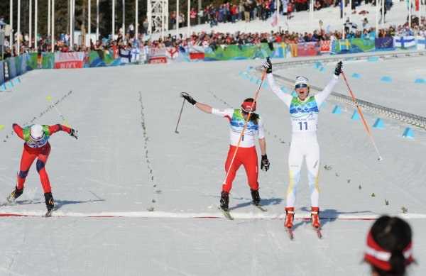 W tak dramatycznych okolicznościach Kowalczyk zdobyła brązowy medal /AFP