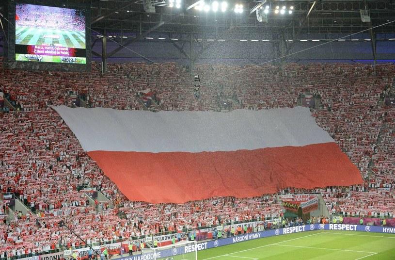 W tak wspaniałej atmosferze toczył się ostatni mecz naszej kadry we Wrocławiu. /AFP