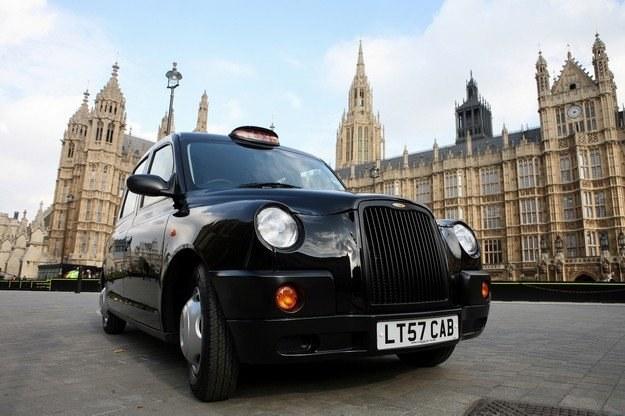 W taksówce lepiej uważać na słowa /