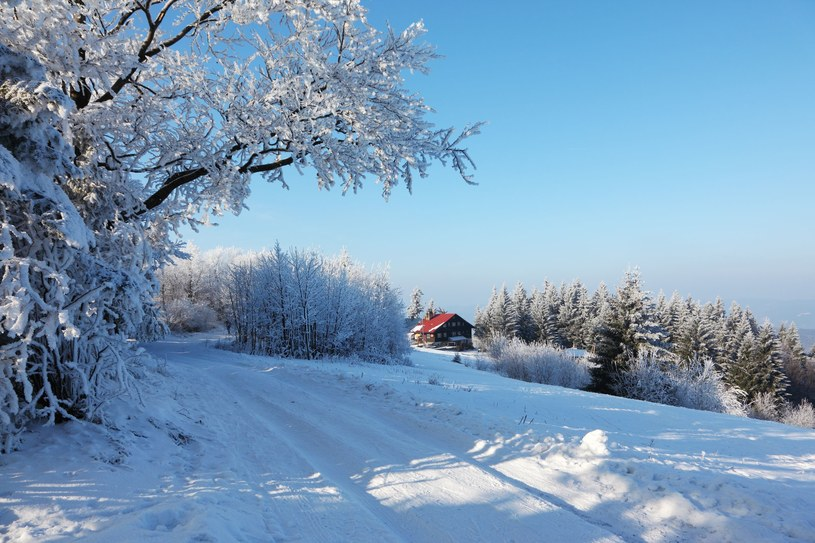 W Tatrach leży prawie 30 centymetrów śniegu /123RF/PICSEL