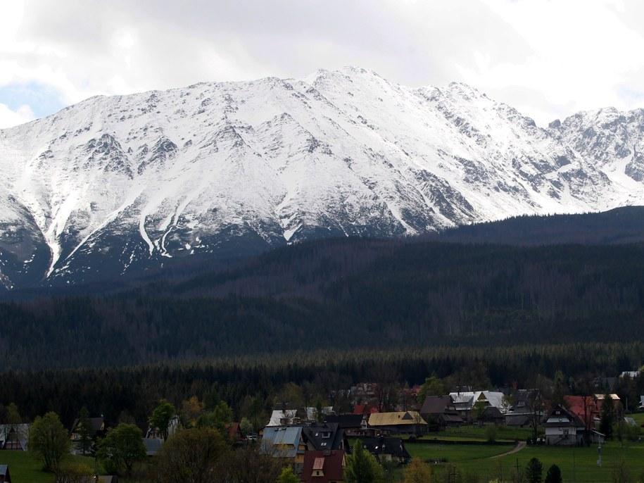 W Tatrach obowiązuje drugi stopień zagrożenia lawinowego /Grzegorz Momot /PAP