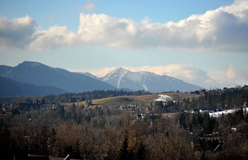 W Tatrach wiatry wytopiły prawie cały śnieg /M. Lasyk /Reporter