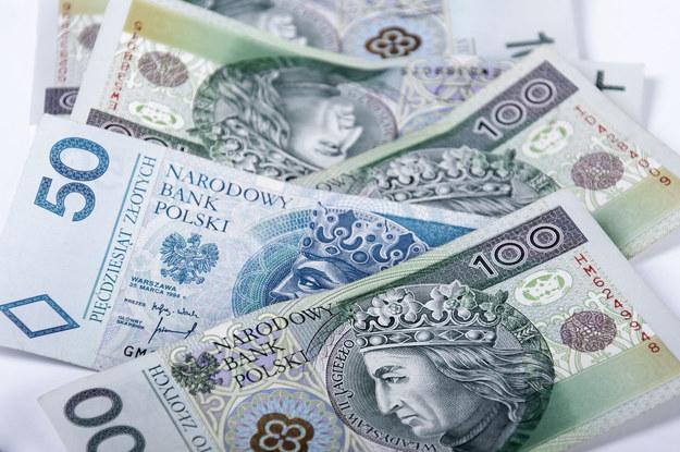 W tej branży płaca średnio ponad 5,5 tysiąca złotych /123RF/PICSEL