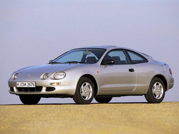 W tej generacji wersja turbo z napędem na 4 koła pojawia się po raz ostatni. /Toyota