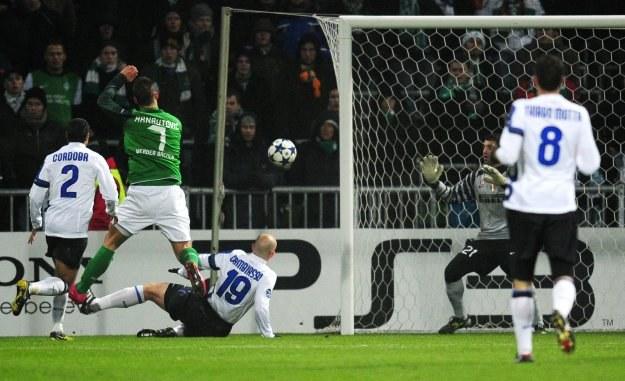 W ten sposób Marko Arnautović strzelił drugiego gola dla Werderu /AFP