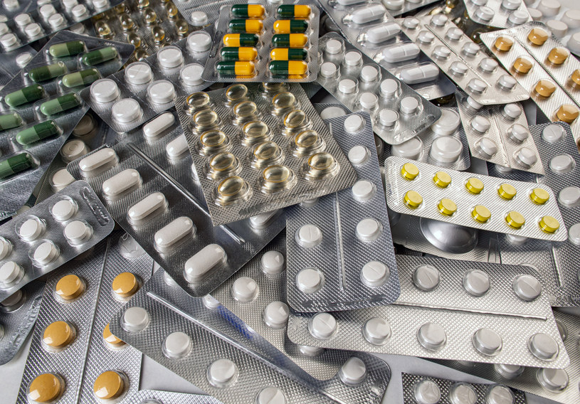 W trakcie pandemii COVID-19 odnotowano więcej przypadków fałszowania produktów leczniczych, wyrobów medycznych i produktów biobójczych /123RF/PICSEL