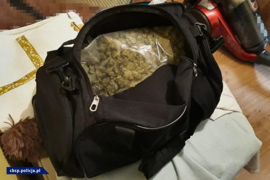 W trakcie poszukiwań policjanci znaleźli narkotyki /CBŚP